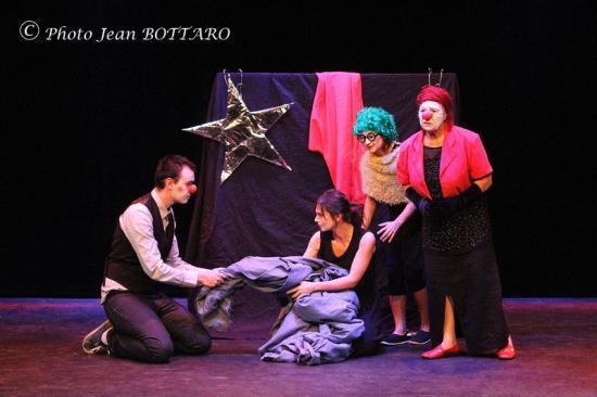 093 Théâtre 14 06 04. CD249 WS