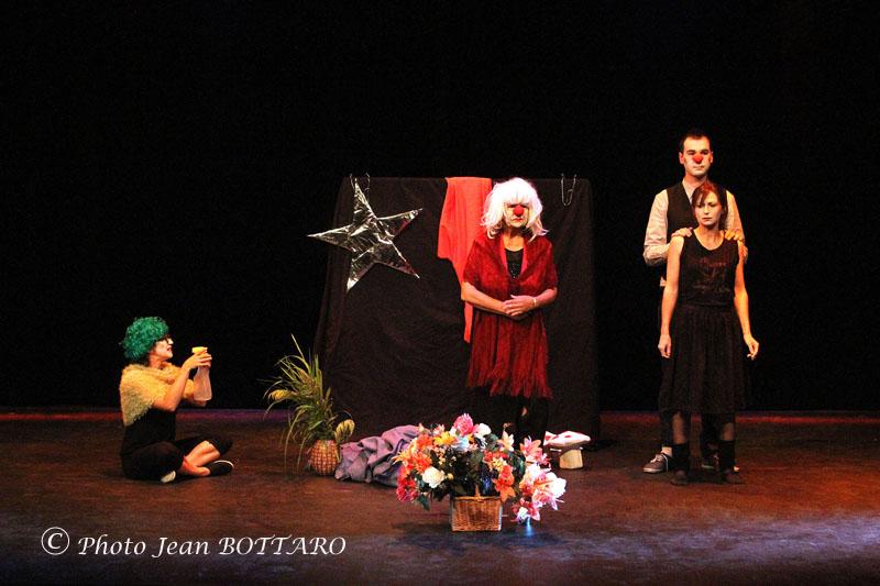 095 Théâtre 14 06 04. CD249 WS
