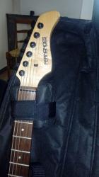 Guitare electrique de marque fernandes2